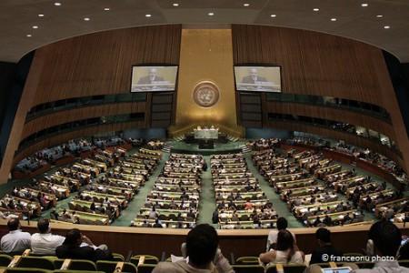 Les Etats reconnaissent unanimement le droit de l'homme à l'eau et à l'assainissement