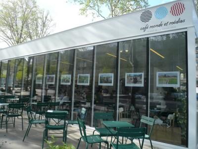 L'expo-photo est sur la place de la République à Paris!