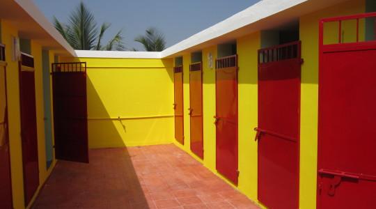 Toilettes communautaires en Inde - Copyright Kynarou